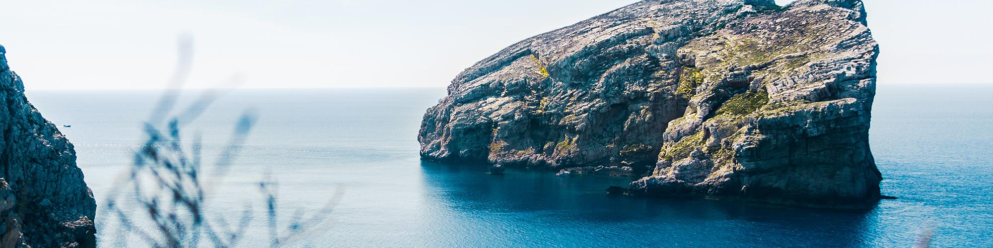 Cerdeña: Mediterráneo, tradición y autenticidad - El País Viajes