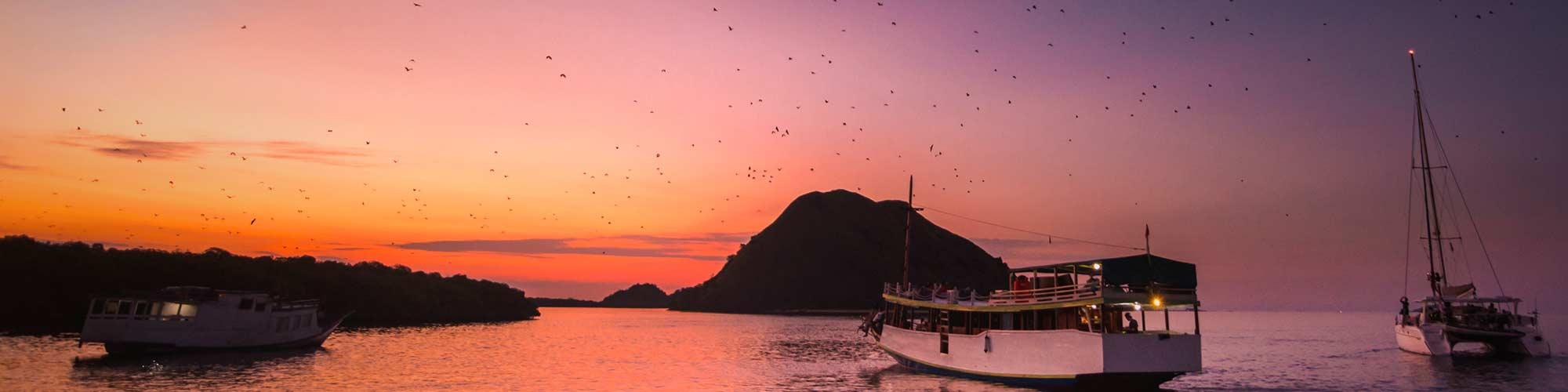 Puesta de sol, isla de Kalong - El Pais Viajes