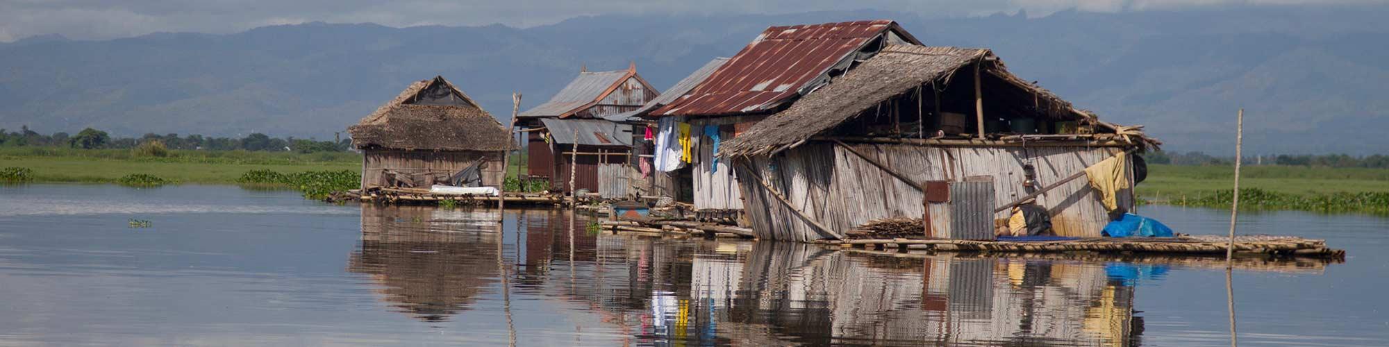 Casas flotantes Lago Tempe - El Pais Viajes