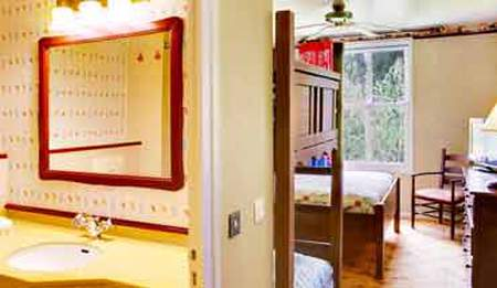 Disney hotel cheyenne en disneyland paris for Habitacion familiar disneyland paris